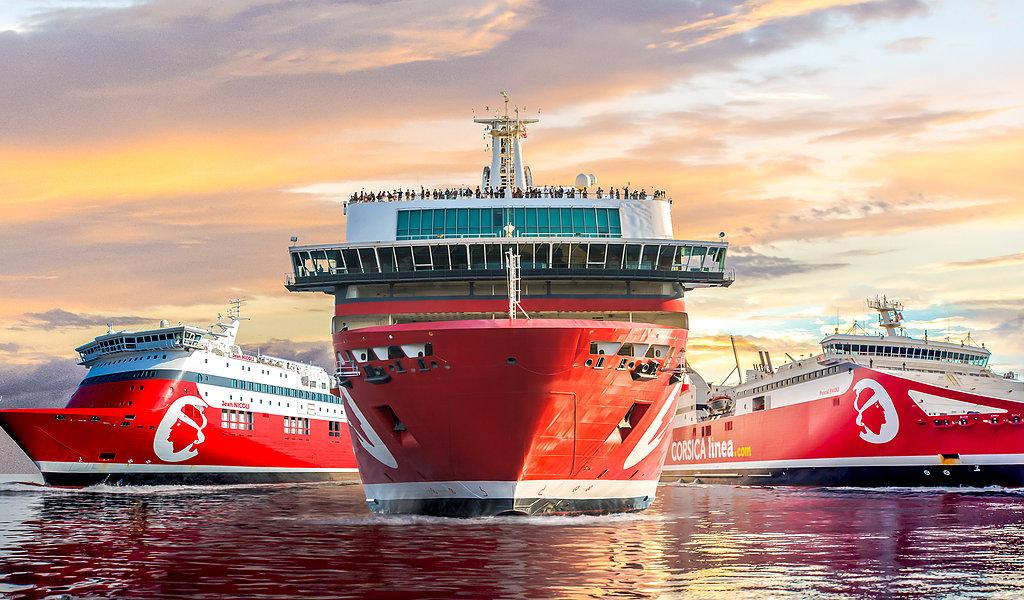 CorsicaCom-Agence média-régie publicitaire-publicité Corse- Bateau publicité à bord des bateaux Corsica Linea